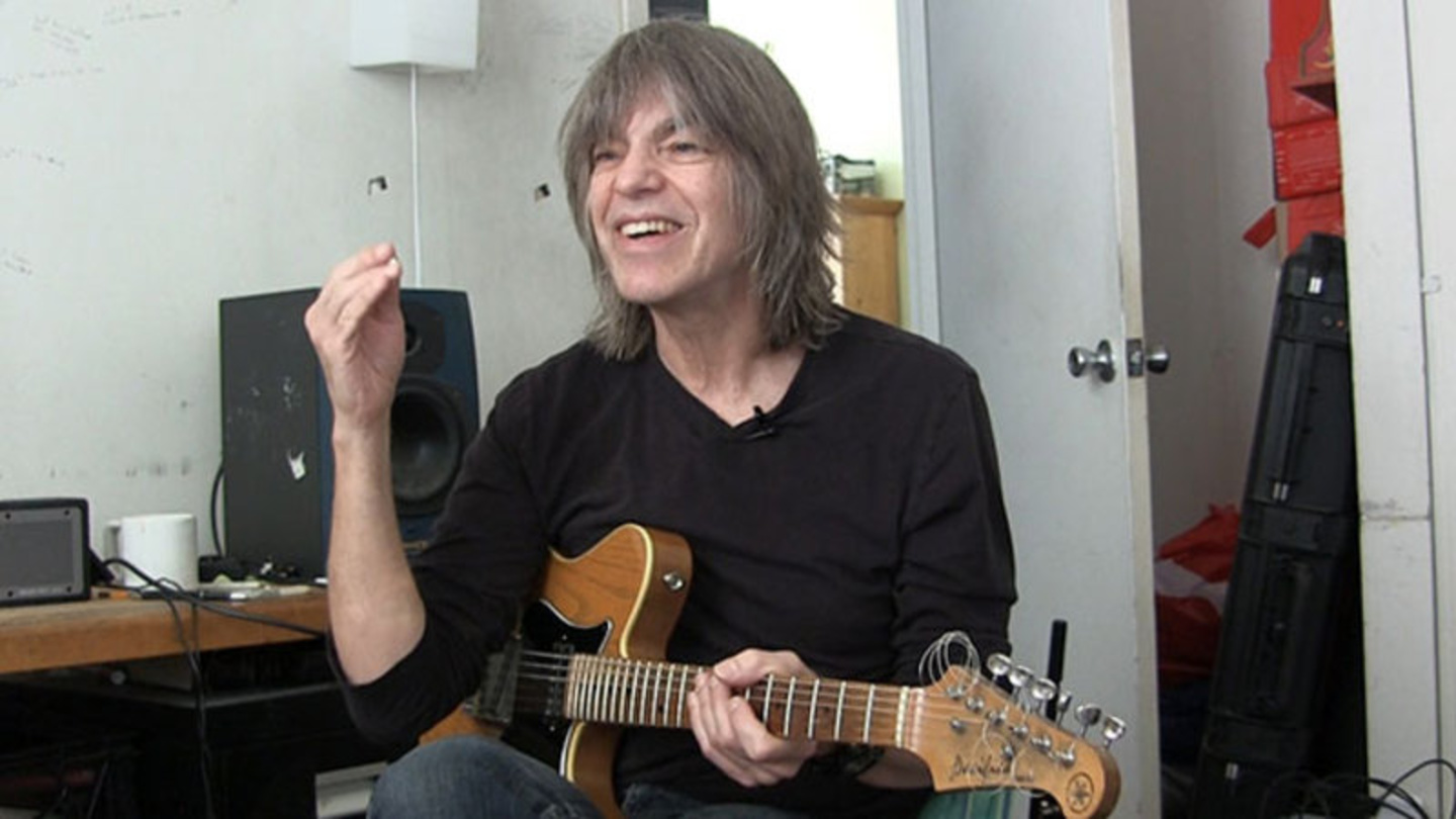 mike stern hook updating guys in usa